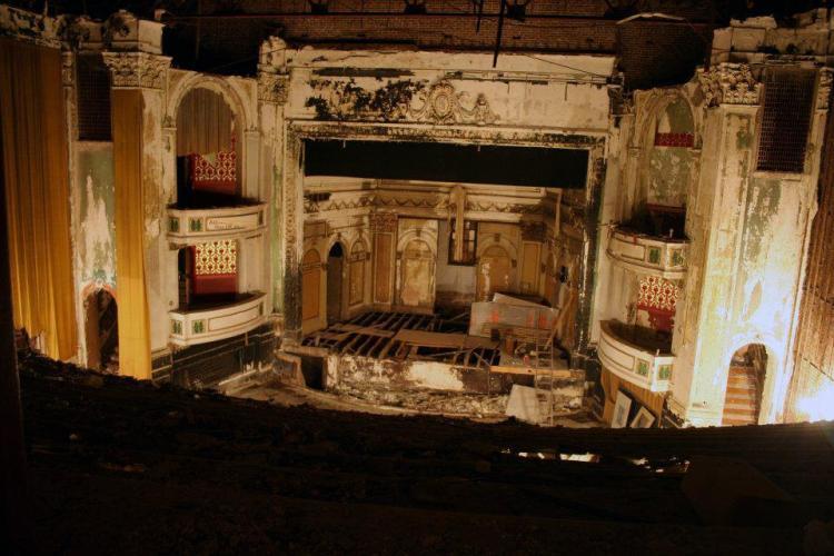 Everett Sq. Theater